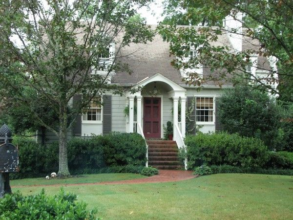 Holly Mathis Interiors: Adorable exteriors