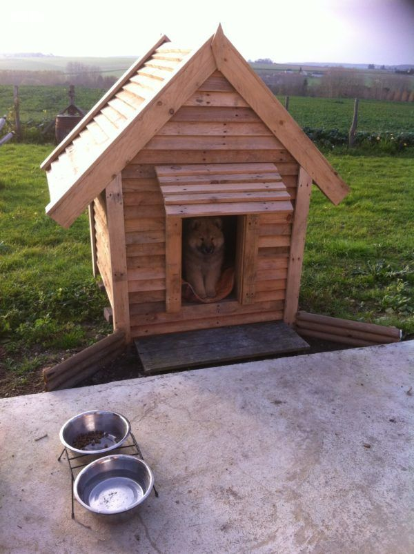 delightful pallet doghouse cabane pour notre chienne tout en palettes pallet ideas gardens. Black Bedroom Furniture Sets. Home Design Ideas