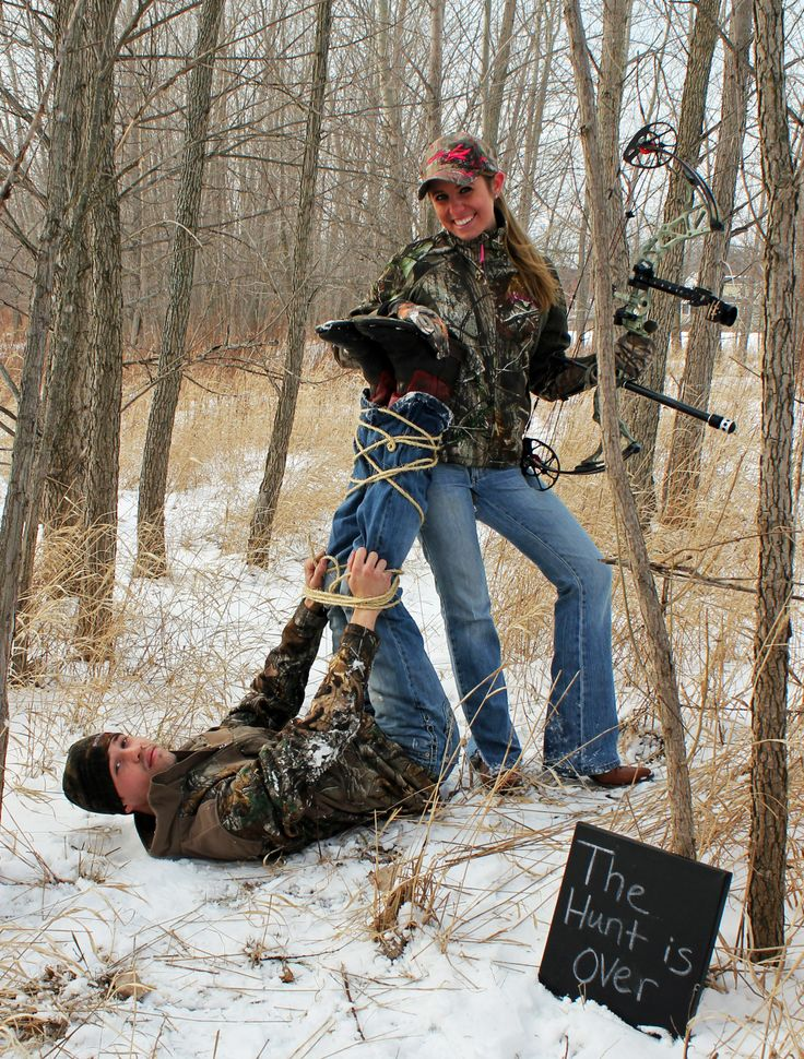 Save the date / The hunt is over / engagement photo / camo