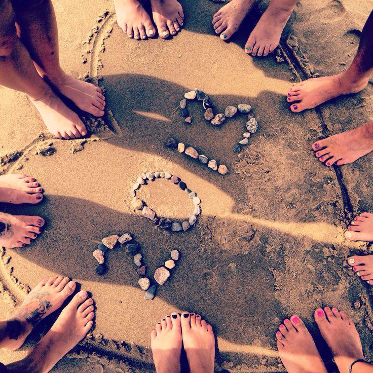 Reunion beach picture idea