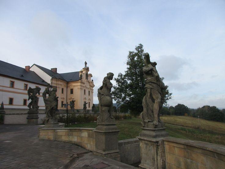 Kuks - barokní hospital a sochy - Královéhradecký kraj - Česko