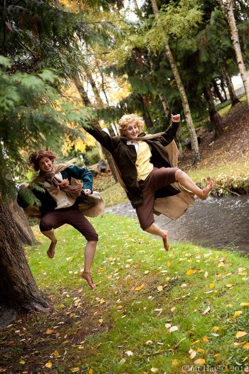 Brilliant Merry and Pippin cosplay! :D