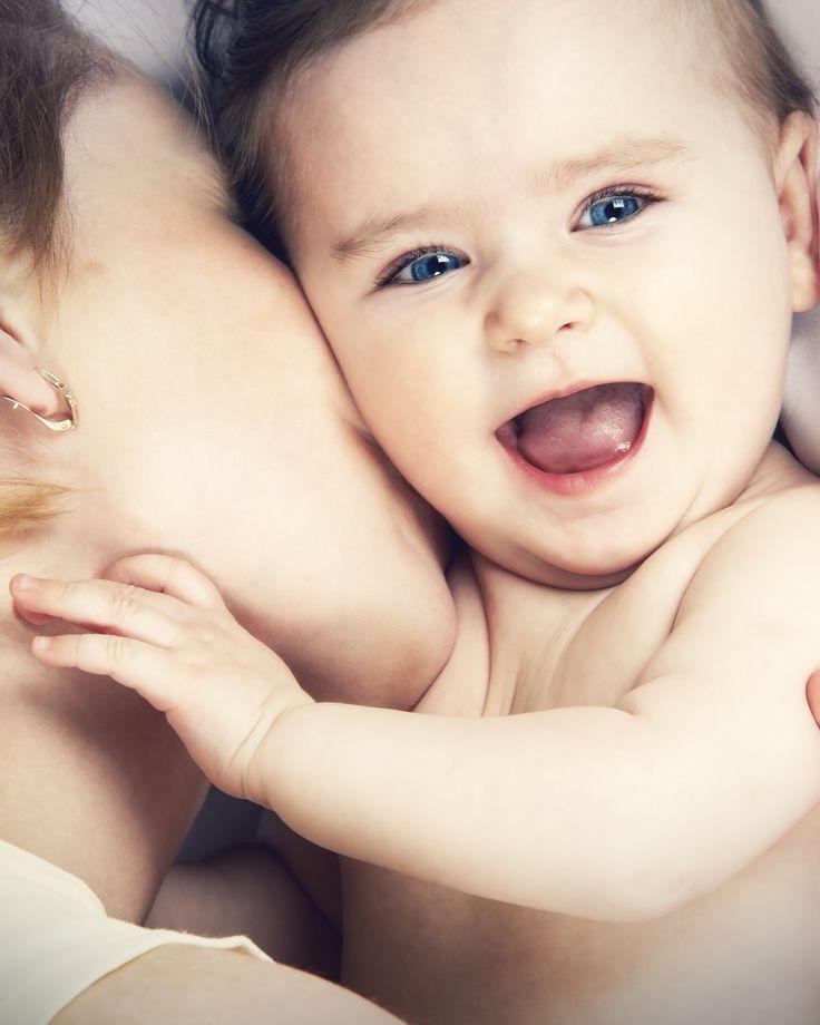 Babytipps, die allen Eltern helfen  Ihr Baby ist da, und auf einmal ist nichts mehr klar: Muss die Windel täglich voll sein? Wie wichtig ist das Impfen? Spielen wir genug mit unserem Kind? Sollen wir es nach dem Baden eincremen? Solche und weitere Themen treiben junge Eltern um. Wir geben Antwort auf alle wichtigen Fragen.