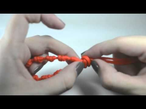 DIY: Rosary Bracelets (Pulseras Decenarios)  These are also known as chaplettes.