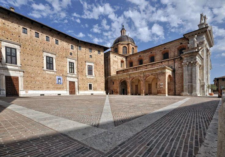 GBuon giovedì 15 Gennaio 2015, un saluto da... Urbino, (Pesaro e Urbino), Marche !! ;-)oogle+
