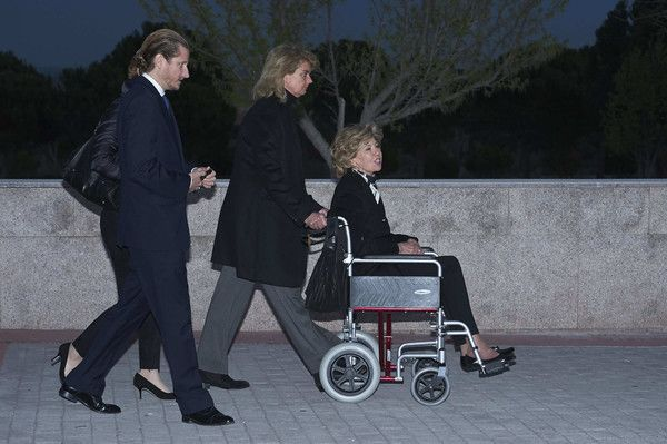 Tessa de Baviera (R) attends a funeral chapel for Alicia de Borbon Parma, Duchess of Calabria, at La Paz morgue on March 28, 2017 in Madrid, Spain.
