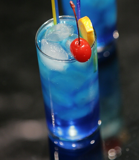 Blue Bull: 1.5 oz Absolut Citron Vodka, .5 oz Bacardi 151 Rum, .25 oz Blue Curacao, 1 oz Lemon Sour Mix, and 6 oz Red Bull.