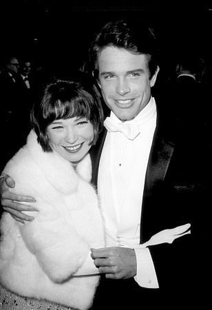 Shirley McLaine and her brother, Warren Beatty.