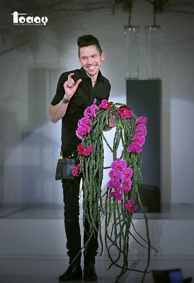 Flower Demonstration Mr. Bart Joseph Bart Hassam 20014. 7. 27 Numazu, Japan  photo by FLORAL TODAY Magazine - Kim Saetae