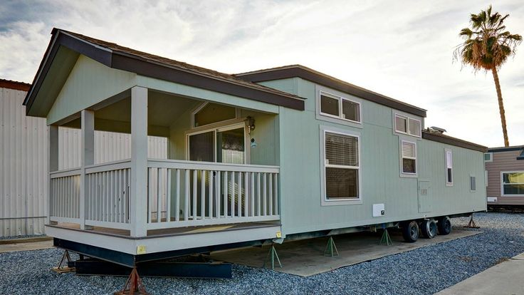 Beautiful Park Model RV with Flowing Floor Plans High Ceilings | Small H...