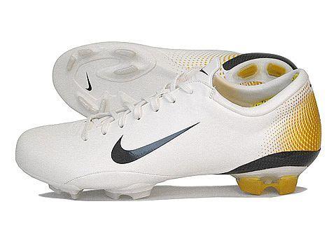 b3b0ad683 NIKE MERCURIAL VAPOR III | รองเท้ากีฬา | Nike football boots, Mercurial  football boots, Football boots