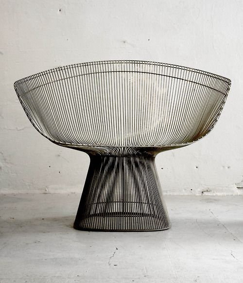 :: Lounge chair designed by Platner manufactured by Knoll ::