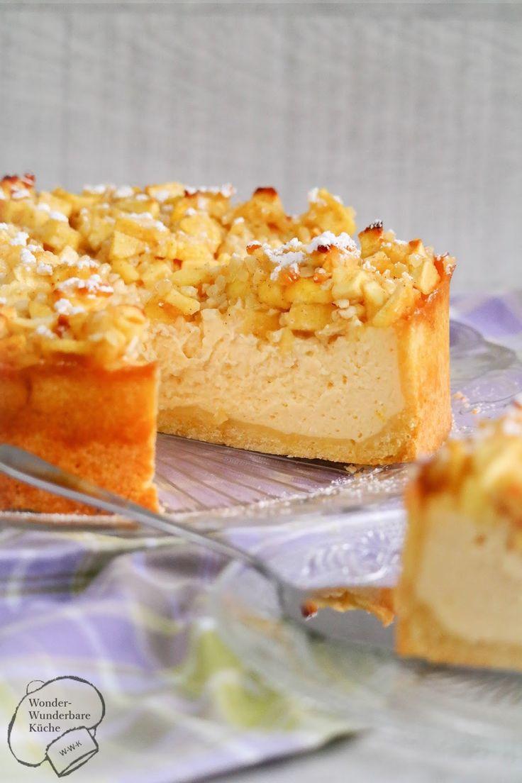 Kleiner Apfel-Käsekuchen mit einem Hauch Zitrone, gehackten Mandeln und Zimt. Die Äpfel auf dem Käsekuchen geben den richtigen Fruchtkick! Der Mürbeteig ist fein und buttrig. Der Kuchen ist in einer 20 cm Springform gebacken, kann jedoch auch auf eine größere Form (z.B. 26 cm) mithilfe einer Umrechnungstabelle hochgerechnet werden.