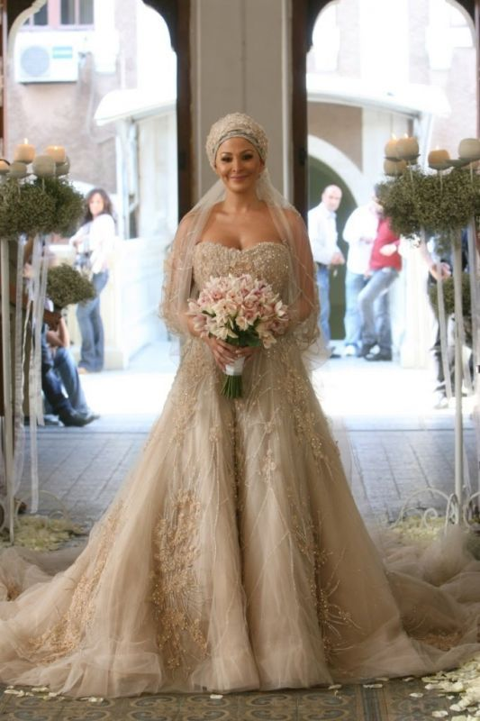 Arabic style wedding dress, the detail is stunning.  Not for me, but gorgeous.