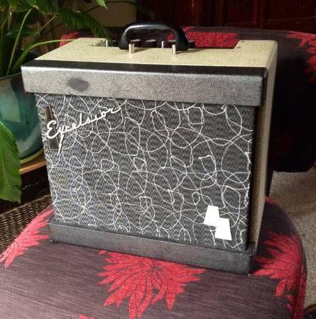 Vintage Excelsior guitar amp for sale on Craigslist