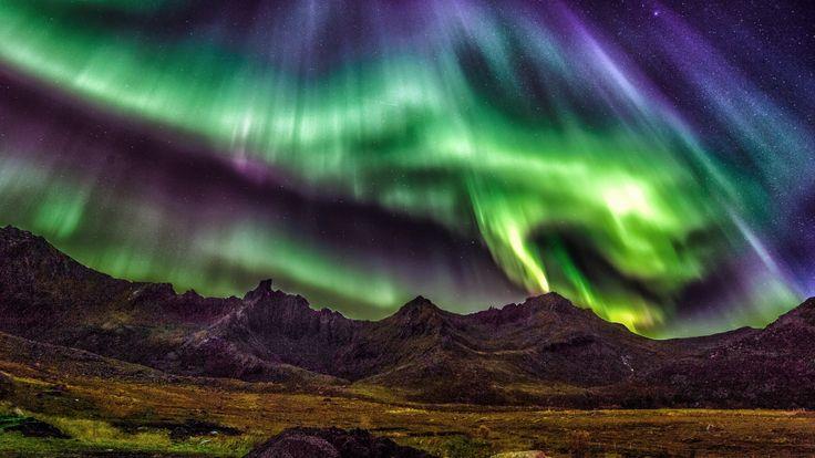 Скачать обои Лофотенские острова, ночь, горы, Норвегия, северное сияние, звезды, раздел пейзажи в разрешении 1920x1080