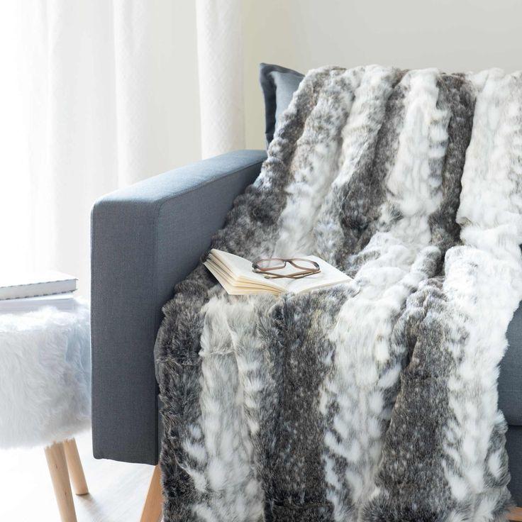 Plaid grigio in simil pelliccia 150 x 180 cm LYNX
