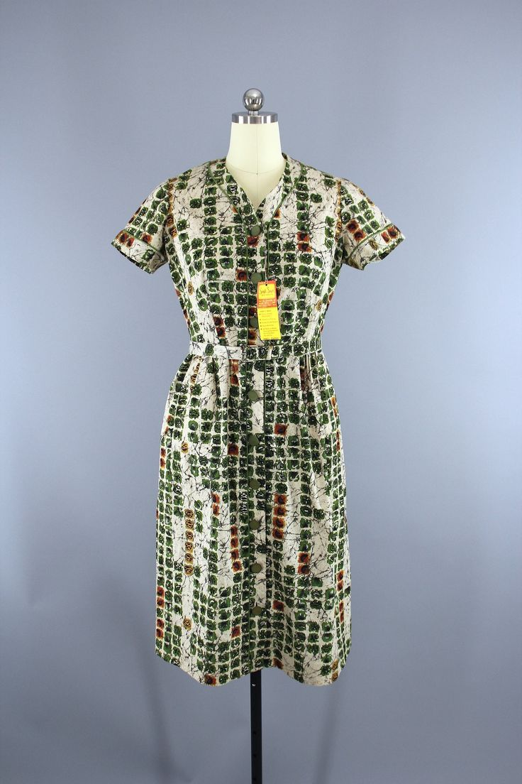 Vintage 1950s Simpli Smart Day Dress / Green & Ivory Novelty Print Batik Cotton / Deadstock with Tags  #vintage #thisbluebird #vintageclothing #shopvintage