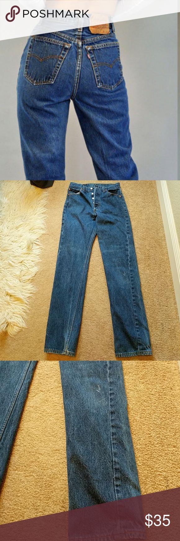 """Levi's 501 Women's Straight Jeans Great vintage condition, 32"""" inseam, 11"""" rise, 14"""" waist , cotton Levi's Jeans"""