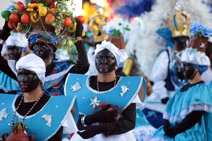 """O projeto """"Dia 25 é Dia de Maracatu"""", da Prefeitura de Fortaleza, realiza uma edição especial em comemoração à libertação dos escravos do Ceará. A festa acontece nesta quarta-feira, dia 25, no Parque da Liberdade, a partir das 14h. A entrada é Catraca Livre."""