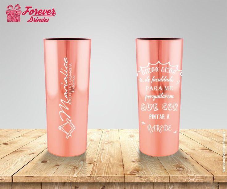 Lindo copo metalizado, faça já seu orçamento sem compromisso e tenha lindos copos para seus convidados na sua festa de formatura!! 🎉🎓👏👏 ↪Solicite um orçamento: 📧franciele@brindesforever.com.br  ☎️Fixo: 48-3094-1069  📱Whats: 48-98437-9193