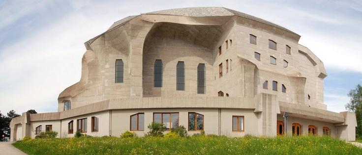 Goetheanum, Dornach, Switzerland / Rudolph Steiner