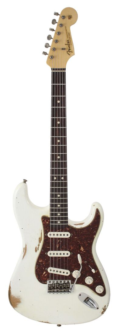 white pickups and knobs ver that pickguard  Fender Custom Shop 1963 Stratocaster Relic Antique White