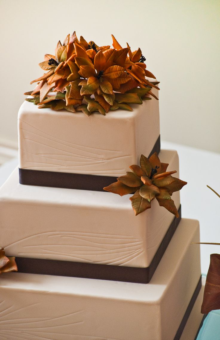 Autumn Wedding Cake, rustic (think pumpkin spice cake with spiced buttercream frosting!)