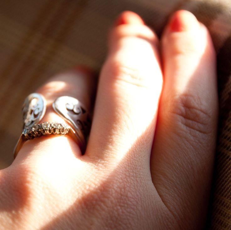 Put a ring on that finger. https://www.etsy.com/uk/listing/255577104/brilliant-five-vintage-diamond #diamond #vintage #jewellery #ring #engagement #diamondengagementring #etsy #shop #buy #online #kk #kkvintage