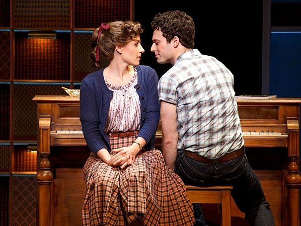 Get an earth-moving first look at Jessie Mueller, Jake Epstein & more in BEAUTIFUL: THE CAROLE KING MUSICAL