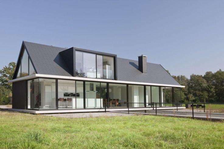 Villa Geldrop by Hofman Dujardin Architects