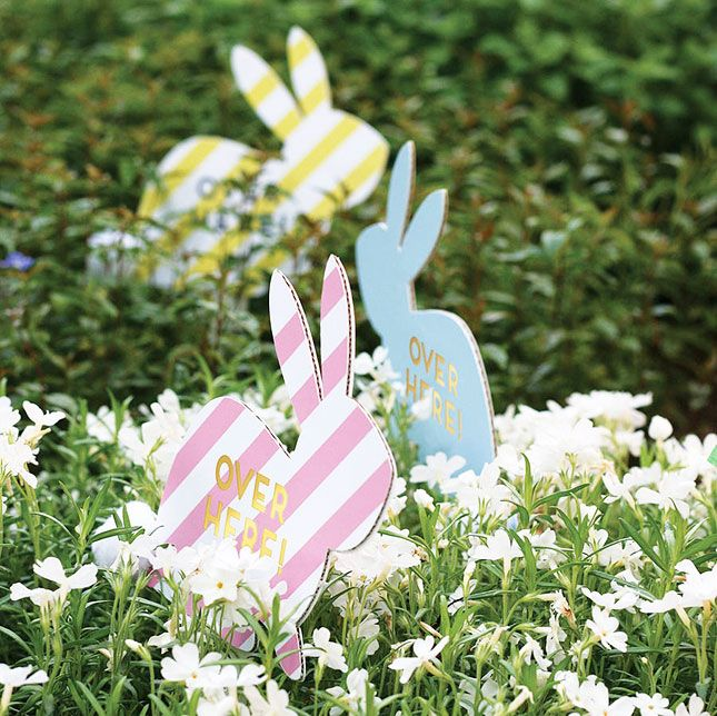 How cute are these cardboard bunnies?