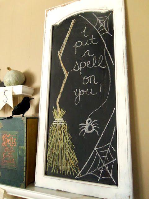 Halloween chalkboard \
