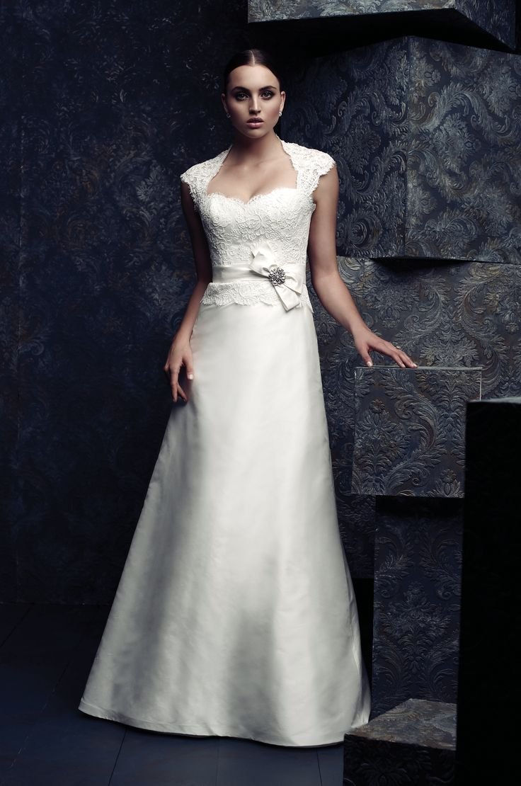 79 best ksk dress images on pinterest wedding dress appliques style 4065 description alenon lace bodice with keyhole back wedding dress silk dupioni band at natural waist with bow and broach detail ombrellifo Image collections