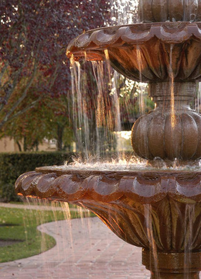 Pin By Amy Williams On Landscaping Concrete Fountains Fountains Outdoor Water Fountains Outdoor