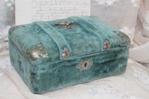 DIVINE ROMANTIC ANTIQUE FRENCH INDIGO BLUE VELVET COVERED BOUDOIR BOX C1900 | eBay