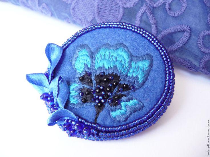 """Купить Брошь """"Тайна синего озера"""" - синий, брошь, брошь ручной работы, брошь с вышивкой"""