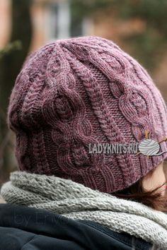 Вязаная спицами женская шапка с косами от Agata Smektala, описание