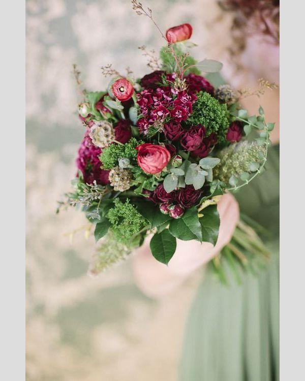 Bouquets de dama-de-honor de Natal. #casamento #bouquet #noiva #damadehonor #Natal #inverno #vermelho #verde