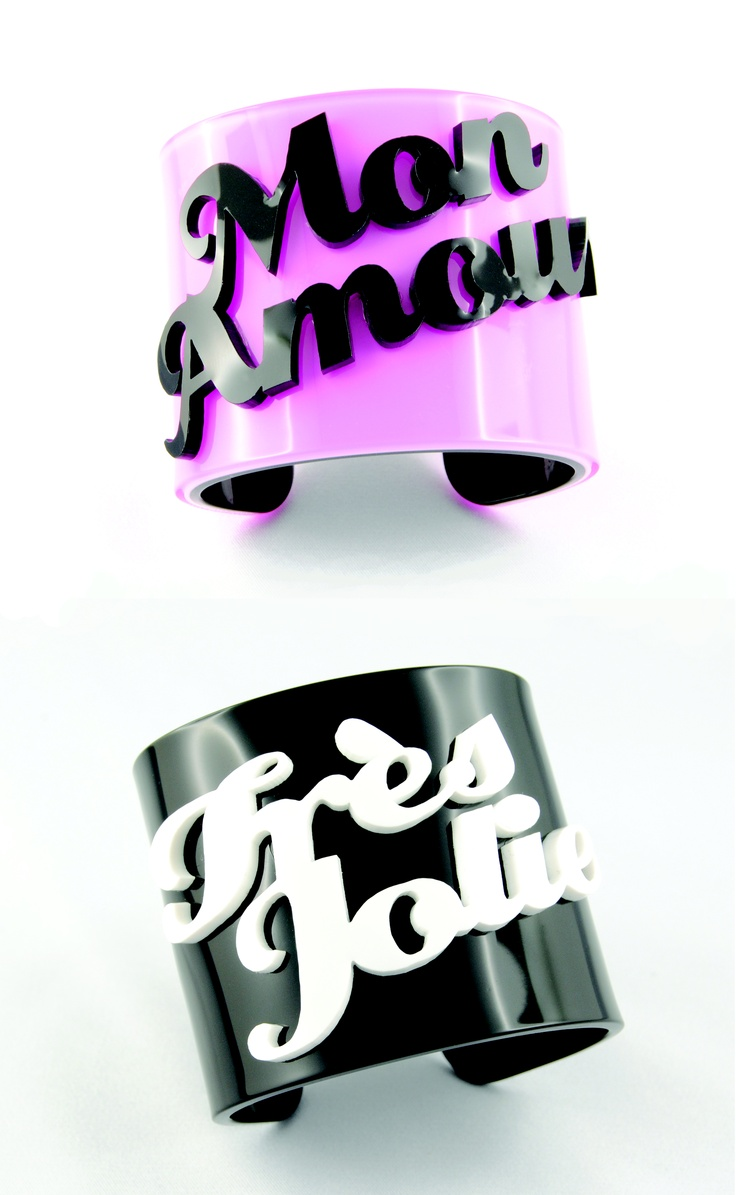 Plexiglass bracelet with your name. Personalized bangle Sweet Papillon by Veronica Cattaneo $43   <3 <3 <3     You can write 2 names!!!!AMAZING!!!!!!!!