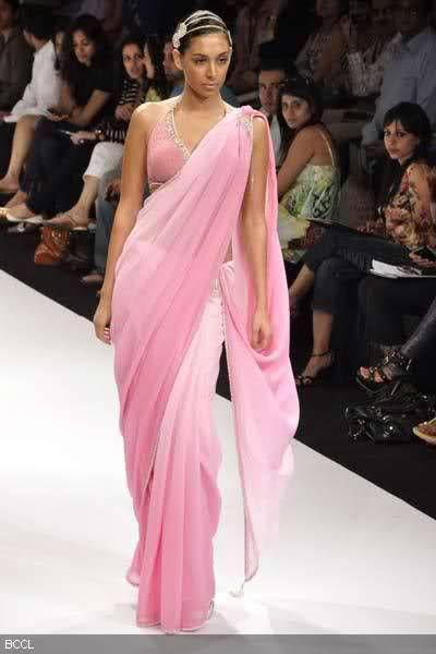 pink shaded saree