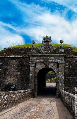 Portugal Turismo: Fortificaciones de la plaza de Valença do Minho | #portugal #holidays