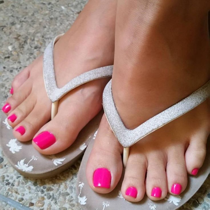 Follow IG Pretty Pink Toes !!! Perfect Feet For You • ❤@PerfectFeetForYou...