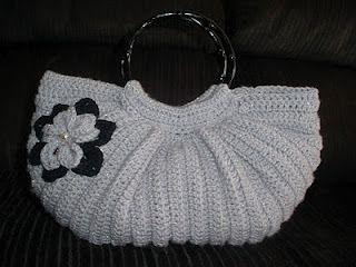 Fat Bottom Bag (free pattern)