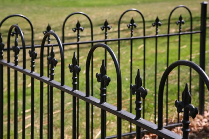 9 Best Images About Black Victorian Farm House Iron Fence