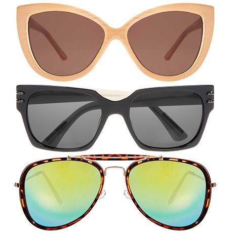 We're talking 2014 sunglass trends. If you're on the prowl for a new pair, check out these trendy shapes and find out what will look best on your face shape. #divinecaroline #sunglasses
