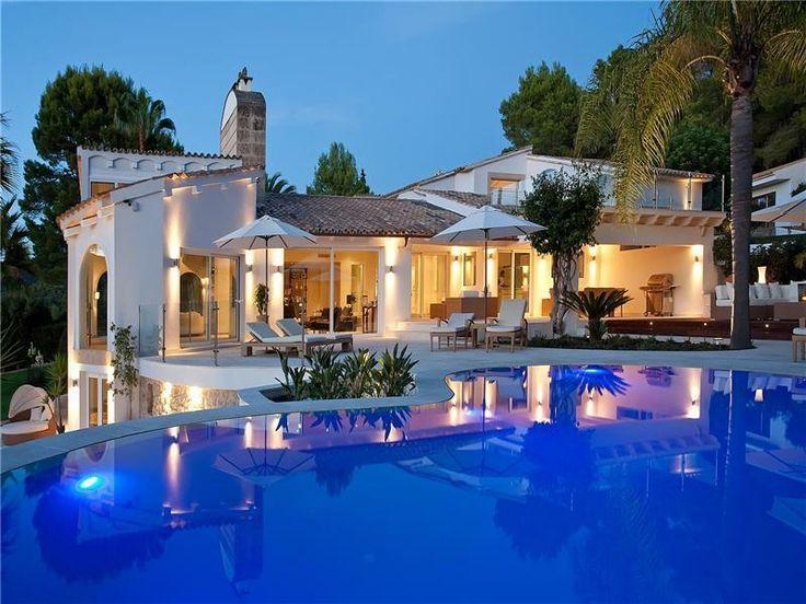 modern villa indoor outdoor poolsluxury