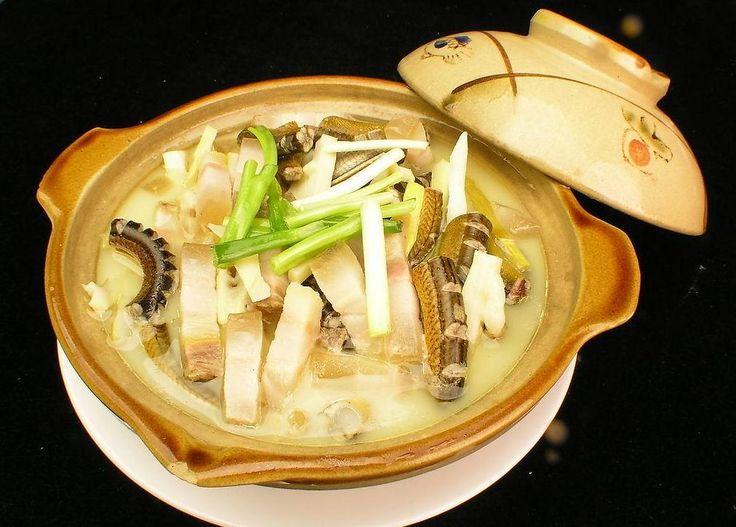 HONG KONG / Snake soup / 蛇羹 / se gang/shé gēng / http://www.whichmeal.com/hong-kong/dishes/Snake-soup-659/