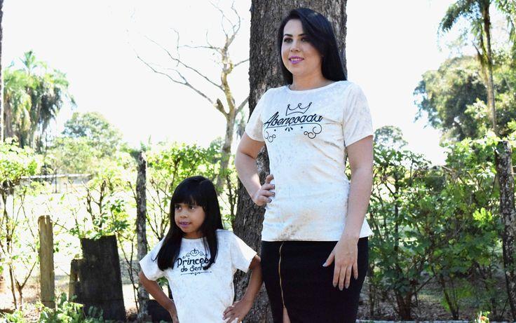 T-shirts Mãe e Filha com Estampas: Abençoada e Princesa do Senhor. Conjunto sai por R$ 55,00 | Só a Blusa Adulta R$ 35,00 | Só a Blusa Infantil R$ 20,00 -  ENTREGA EM TODO O BRASIL Contatos  (062) 994059548 (Whatsapp)  (062) 981414165 (Whatsapp) www.mirianmoda.com.br