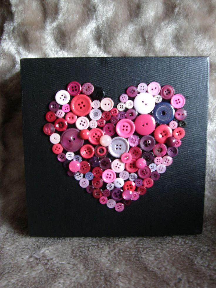 valentines heart buttons on canvas craft